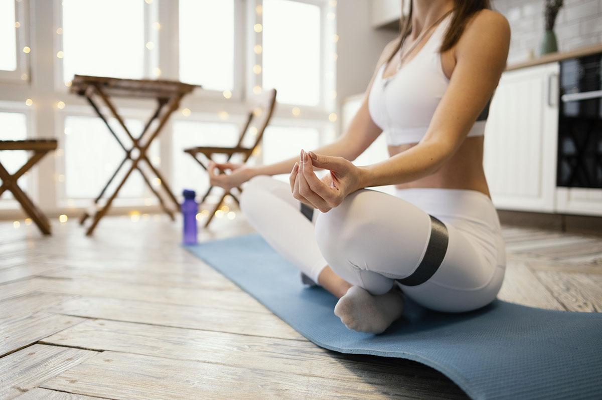 Read more about the article Como o hábito da meditação auxilia no controle do estresse?