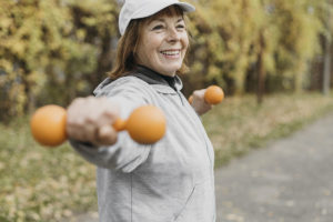Estilo de vida: a medicina sem medicamentos que é a porta da longevidade